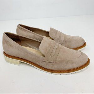 Schutz tan suede rubber sole loafers size 8 B